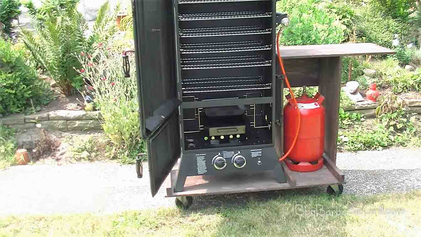 Best electric smoker stand with wheels