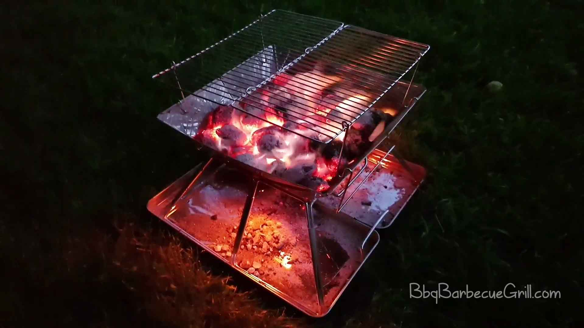 Best folding tailgate grill