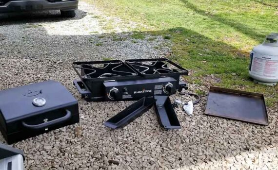 Blackstone Grills Tailgater - Portable Gas Grill and Griddle Combo - Barbecue Box - Two Open Burners