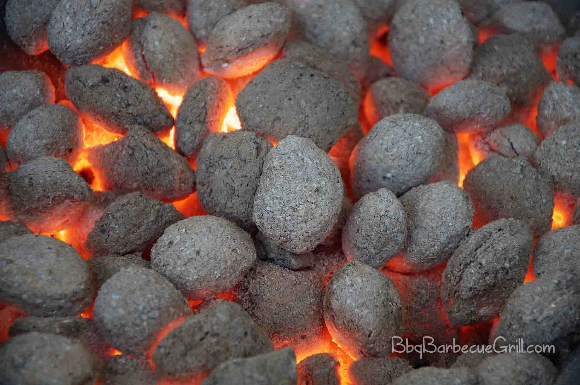 Charcoal grill vs gas grill